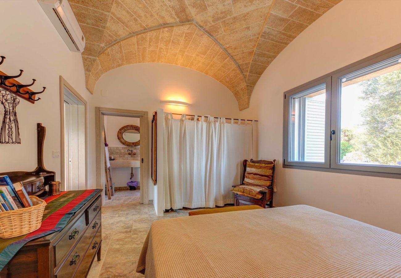 Villa in Patù - Superior pool villa near the sea