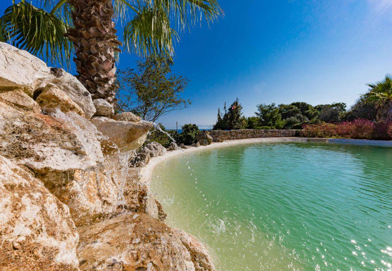 Villa a Gagliano del Capo - PISCINA APERTA FINO A GENNAIO - Villa da sogno con piscina naturale e meravigliosa vista mare