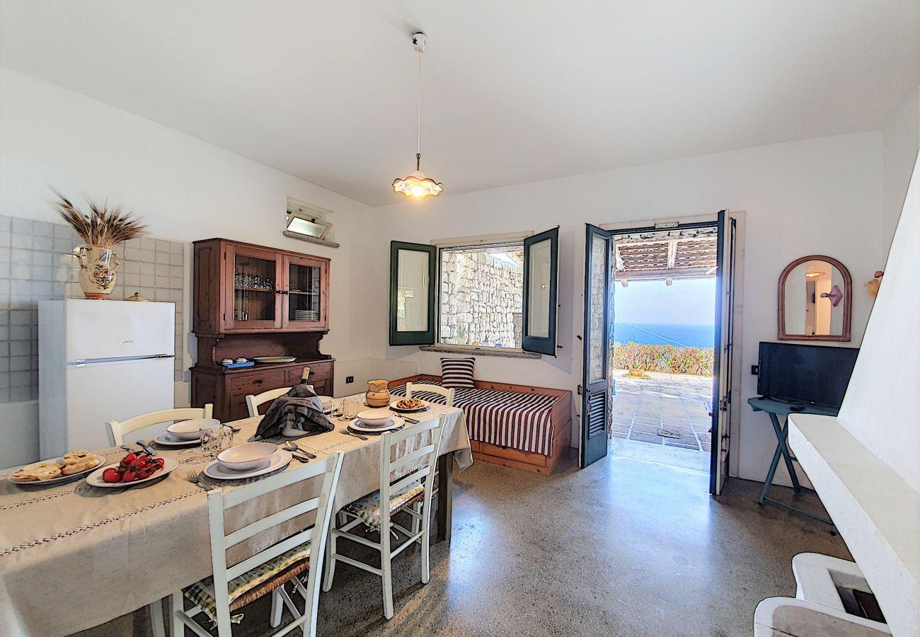 Casa a Corsano - Casa con minipiscina riscaldata e discesa al mare